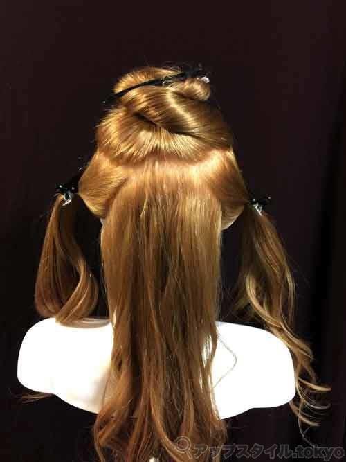 ベルの髪型のブロッキングの解説です。