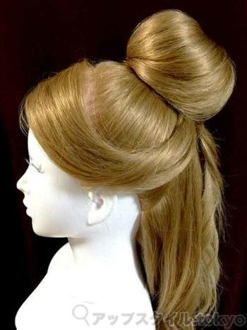 ベルの髪型手順3の解説の補助をする画像です。
